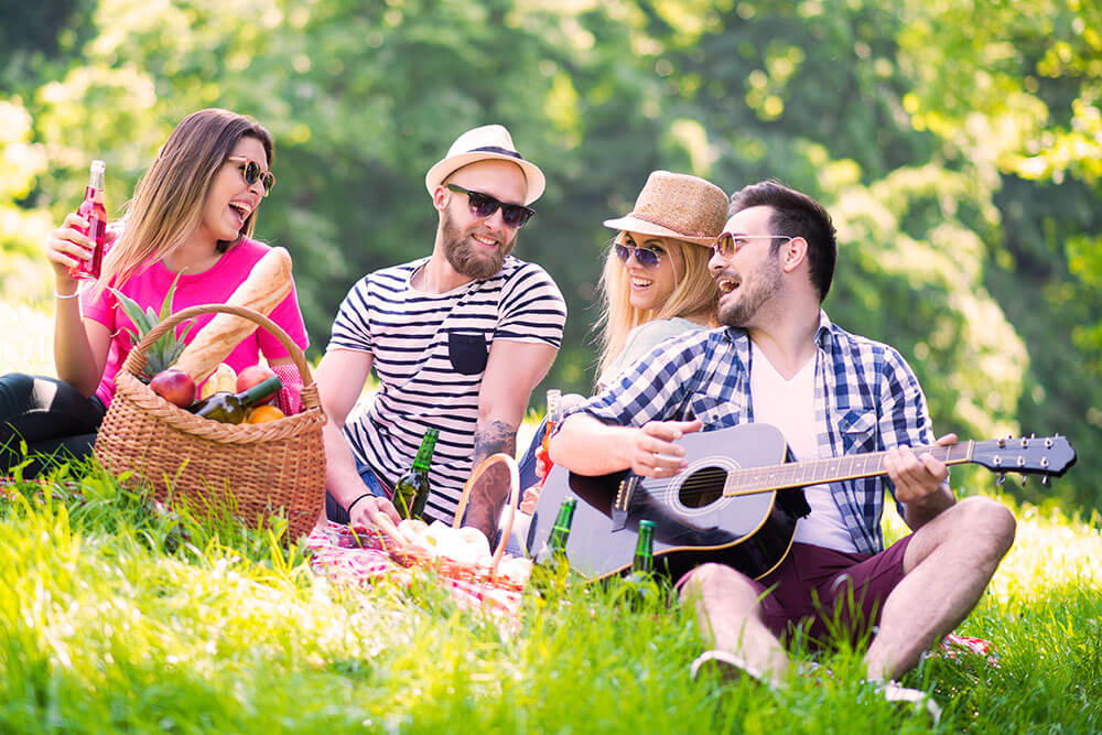 Clic Picnic with gourmet products from local farmers - Picnic BCN on